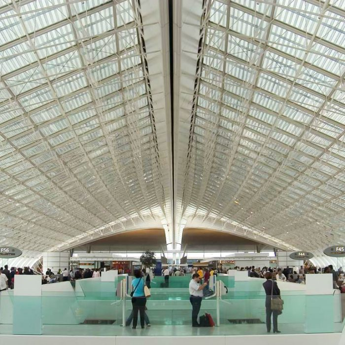 cdg-waiting-hall
